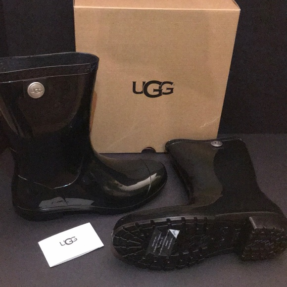 new style & luxury release date: high quality guarantee Ugg rain boots *rare* (12hr Sale ....$40 Firm)